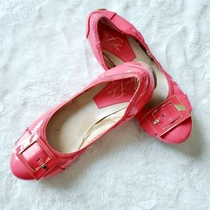 MARC FISHER coral patebt leather flats